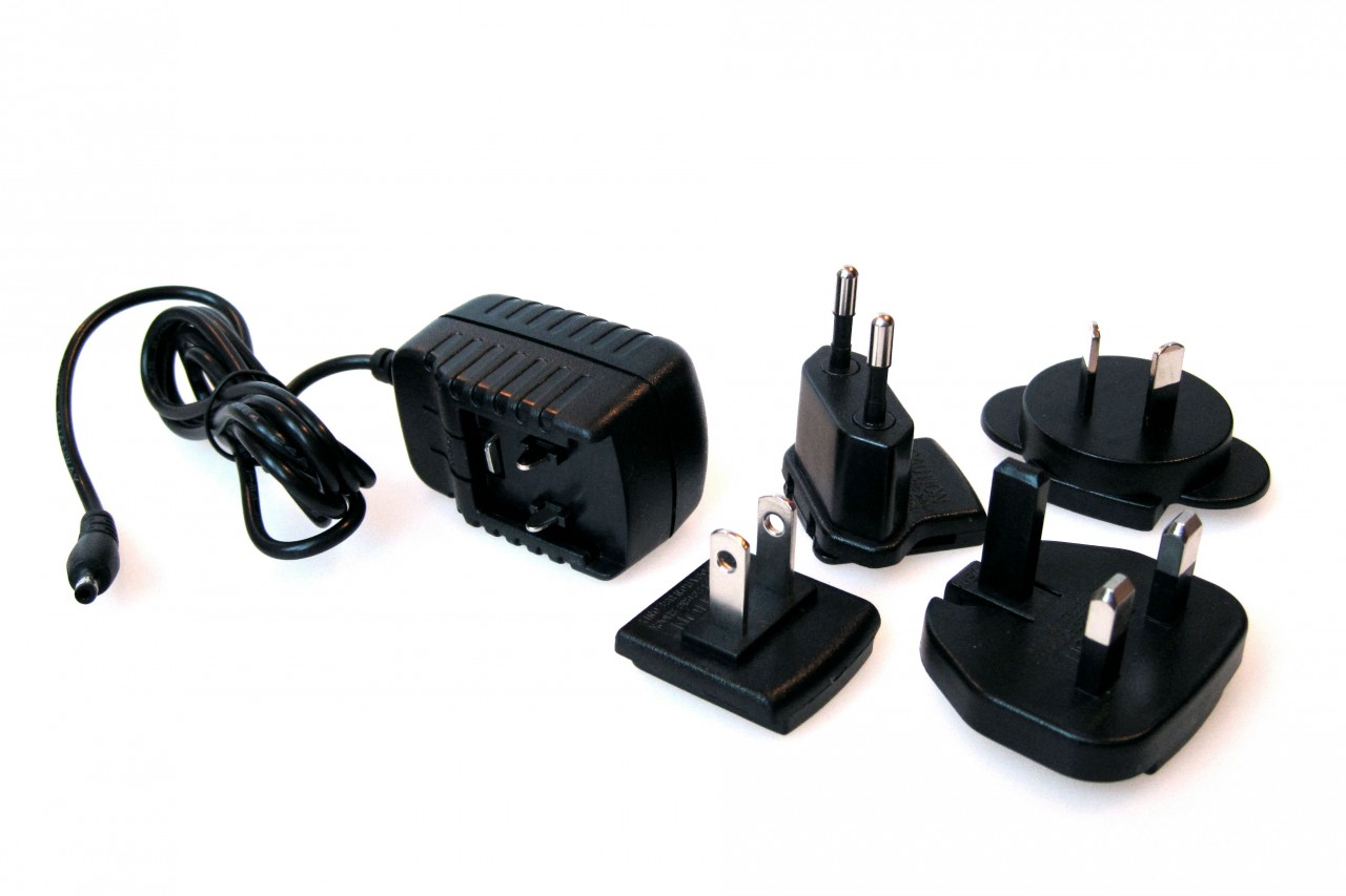 Solio Wall Adapter Kit (CLOSEOUT - 40% OFF)
