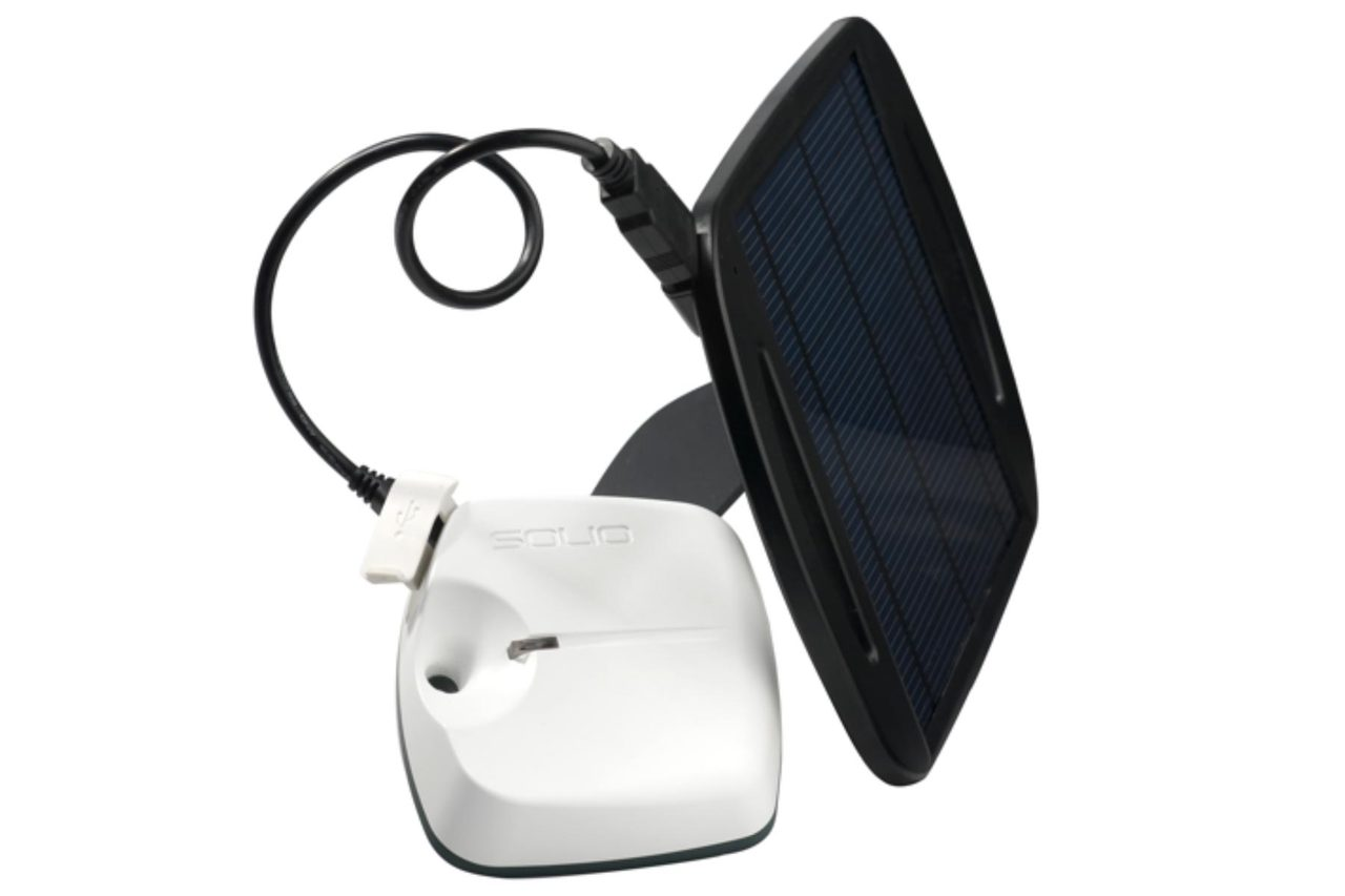 Solio Xcellerator Solar Charger + Hub Battery Pack